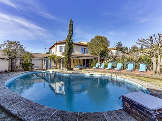 3 bedroom Villa in Sainte-Maxime, Provence-Alpes-Cote d'Azur, France : ref 55844