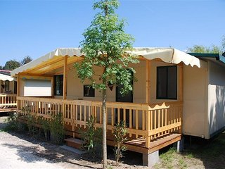 Luxury chalets Toscane Viareggio - near Beach and Pool