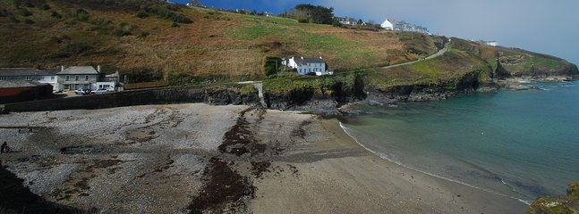 Nearby Port Gaverne ideal for swimming and launching boats and kayaks