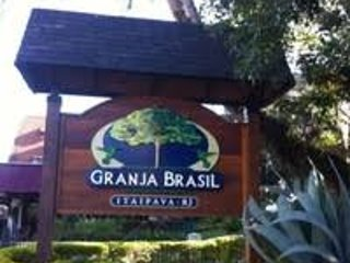 Flat para casal no condomínio Granja Brasil em itaipava