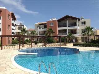 1 Bedroom Apartment and Shared Outdoor Pool close to all amenities
