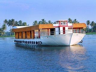 Houseboat Alappuzha