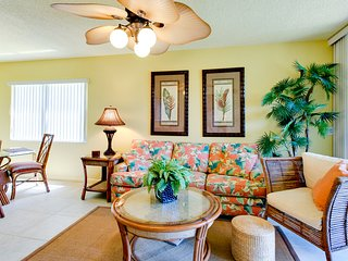 Shorewalk -Beautiful 1st Floor Lakefront -Pools,Spas, near Beach and IMG