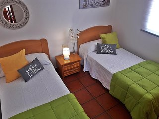 Casita adosada en GranTarajal zona de Altavista. 45m2. 2 habitaciones y un baño.