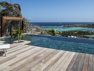 Villa Black Pearl Ocean View Located in Beautiful Marigot with Private Poo