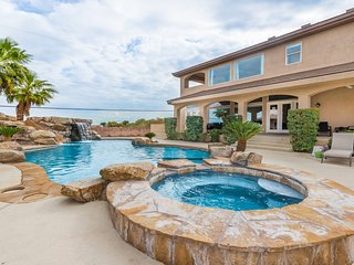 West Strip Paradise - 4BR Casita, Pool, Spa, Incredible Strip