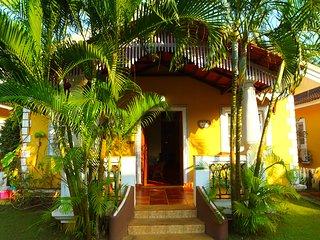 Casa Amarelo-2BR Villa near Nostalgia, South Goa