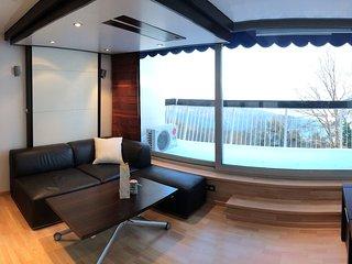 Studio contemporain climatise haut de gamme en bordure de foret