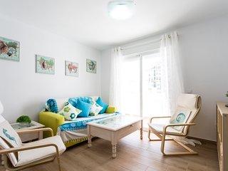 [769] Cozy apartment with sea views