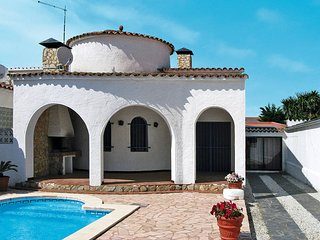 3 bedroom Villa in Empuriabrava, Catalonia, Spain : ref 5435476
