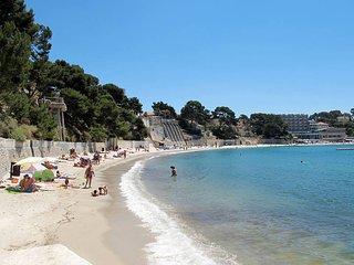 5 bedroom Villa in Bandol AOC, Provence-Alpes-Côte d'Azur, France : ref 5435888