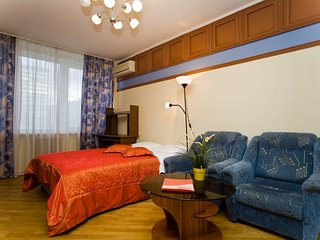 2-rooms apt. at Novyy Arbat, 26 (075)