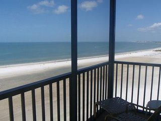 Penthouse Beachfront Condo Directly on the Gulf of Mexico