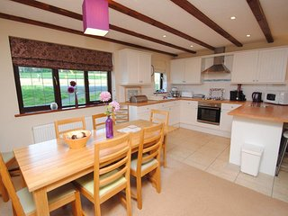 Spacious and well equipped cottage style kitchen