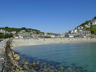 Large period cottage set in the heart of Old East Looe