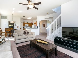 Modern Bargains - Highlands Reserve - Beautiful Relaxing 5 Beds 3 Baths  Pool