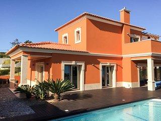 Terra-cotta Villa Praia D'el Rey