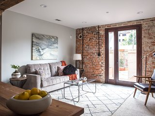 Sonder | Irish Channel | Bold 1BR + Terrace