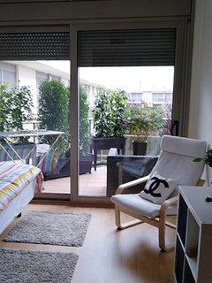 Extérieur balcon par baie vitrée depuis l'appartement matrimonial