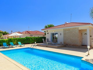 Villa Mia - 2 Bedroom Bungalow with Private Pool - DISCOUNTED!!