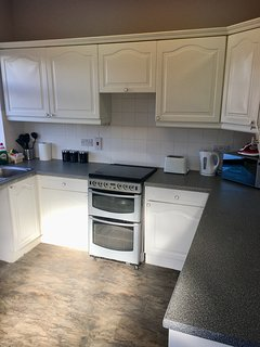 fully equipped Kitchen with washing machine, microwave, fridge freezer and all cooking utensils