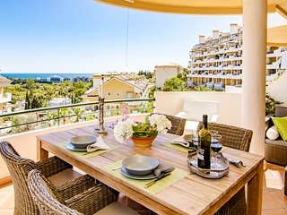 SAA2-Stunning 3 bedroom apt in Puerto Banus