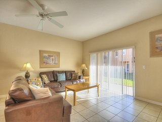 4 Bedroom Town Home on Regal Oaks Resort
