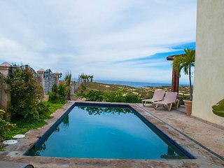 Beach Front Villa 5 Bed, Pool AC WiFi/ EPIC Views! Rent 1 room or all 5!