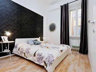 Appartamento Giulio Cesare Uno8Tre stylish modern near subway