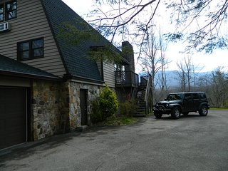 Affordable Gatlinburg Five Bedroom Chalet