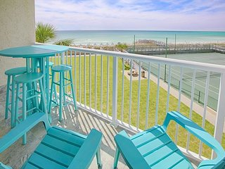 320 Spectacular GULF FRONT views! Fully renovated in Fall 2017