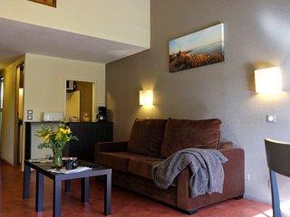 Adonis Arles Les Hameaux de Camargue - T2 apartments 4 people