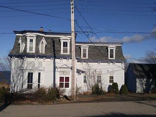 Montague five bedroom house