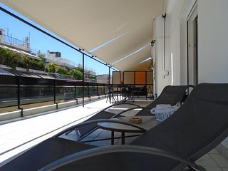 Apartment 717 m from the center of Athens with Internet, Air conditioning, Lift,
