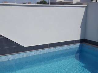 Luxury 3 bed, 2 bath new build villa with pool.