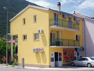One bedroom apartment Trpanj (Peljesac) (A-4510-a)