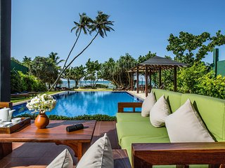 South Point Ocean - 8 bedroom luxury beach villa on a soft sandy beach