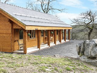 THE GATHERING - CHERRY CABIN, open plan, en-suite, studio cabin, Ref 962882