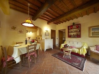 Il Pollaio, one bedroom apartment walking distance Tavarnelle Val di Pesa