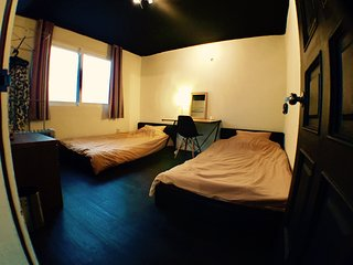 Hongdae Twin Bedroom AB Guest House