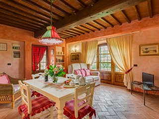 La Stalla is a beautifull Tuscan apartment in the Chianti region with pool