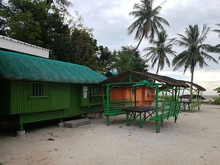 Sunrise Grande Resort Tondol - Cabana 3 with Cottage