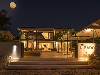 Contemporary Beachfront Villa 4BR + Pool + Staff. Spring offer ends 27April!