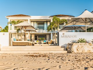Contemporary Beachfront Villa 4BR+Pool+Staff!