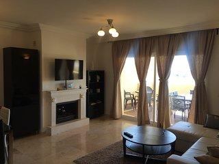 Sun Sea & Hills Apartment 412