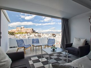 Luminous Apartment with Panoramic Acropolis Views