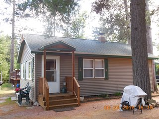 Knotty Pine Resort - White Pine Cabin
