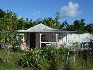 Bungalow jardin creole