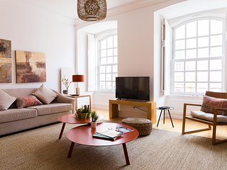 SPACIOUS AND LUXURIOUS APARTMENT AT CHIADO | Courtesy Morning