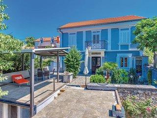 2 bedroom Villa in Jadranovo, Primorsko-Goranska Zupanija, Croatia : ref 5583364